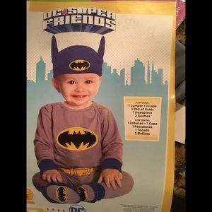 New Batman costume, 6-12 months